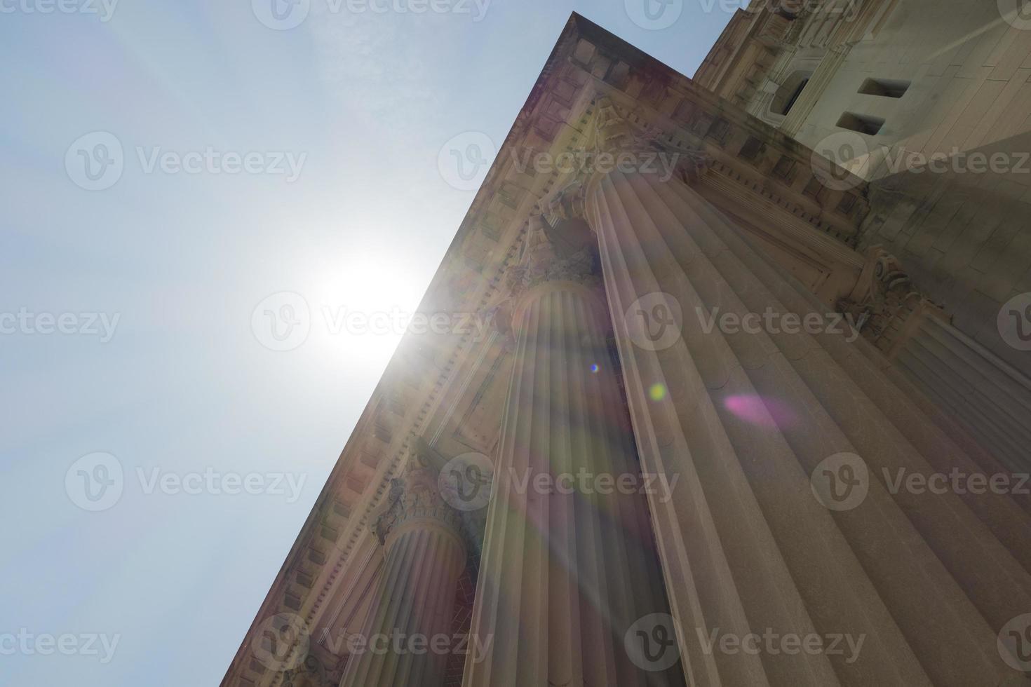 colunas neoclássicas foto