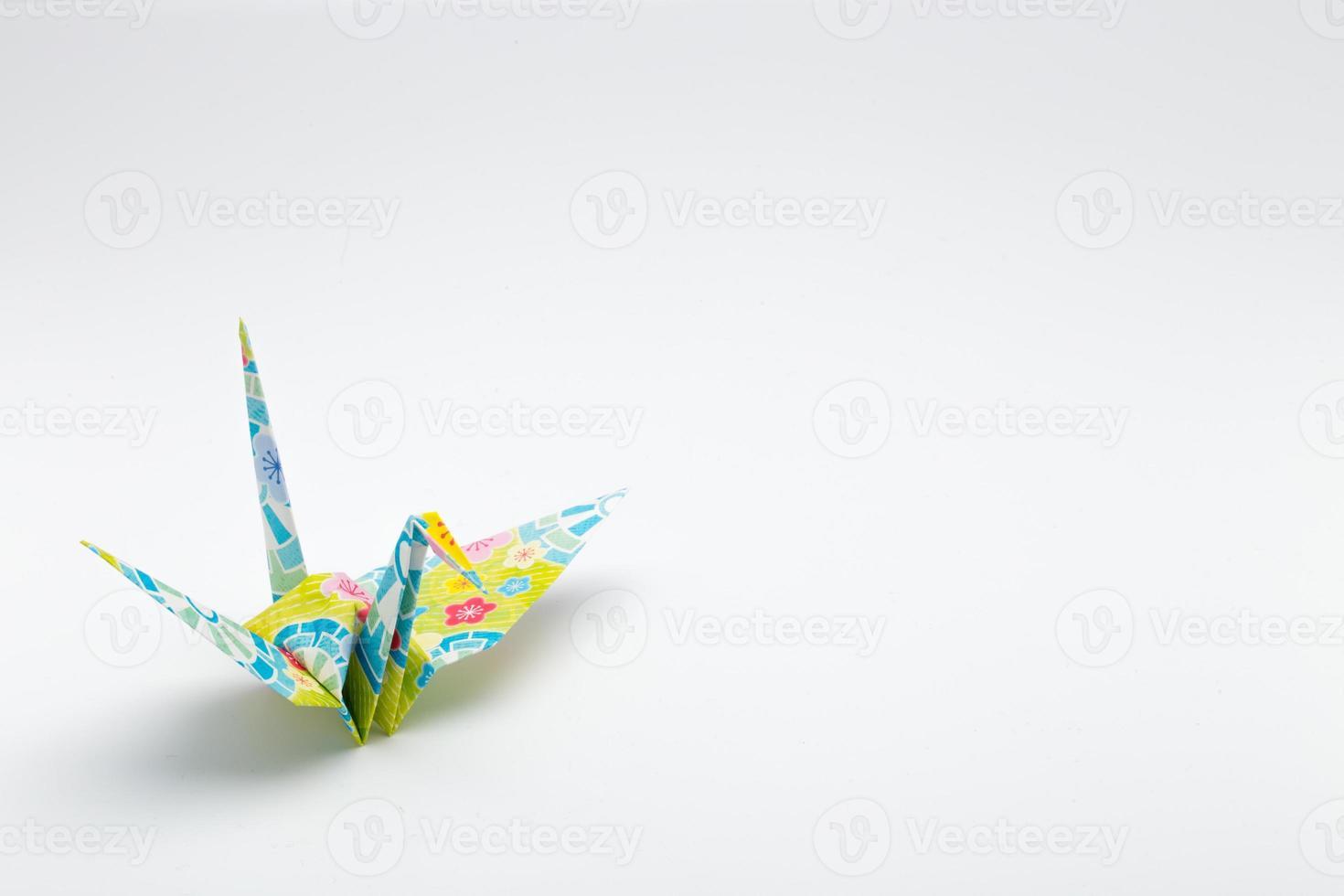 guindastes de papel (1 pássaro) foto