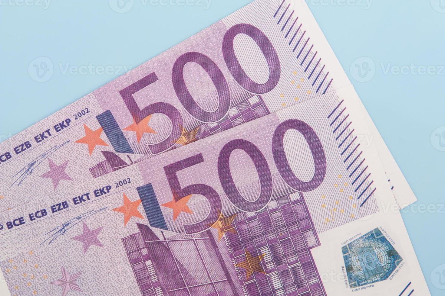 duas notas de 500 euros foto