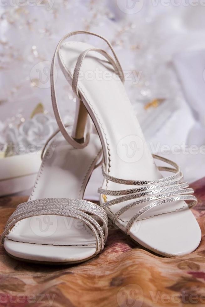 sapatos prateados foto