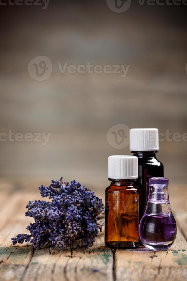 óleo de aromaterapia foto