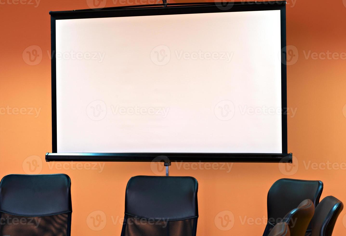 sala de reuniões com projetor foto