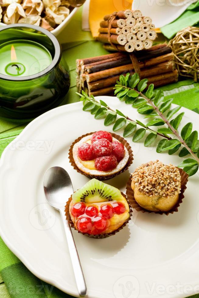 doces com frutas foto
