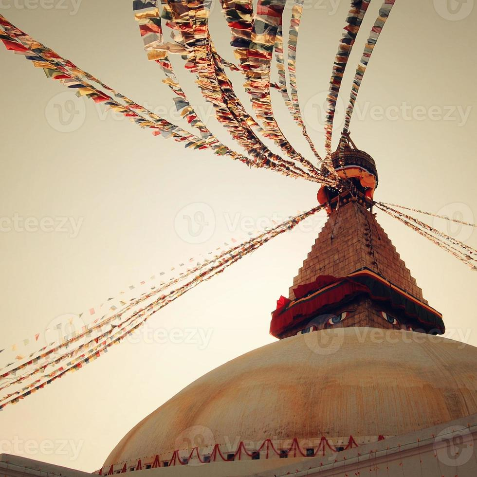 santuário budista boudhanath stupa - filtro vintage. Katmandu, Nepal. foto