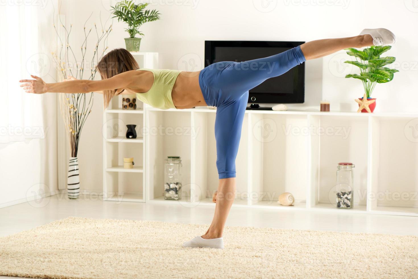 exercitando em casa foto