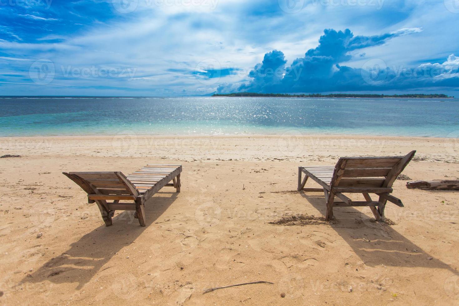 praia solitária foto