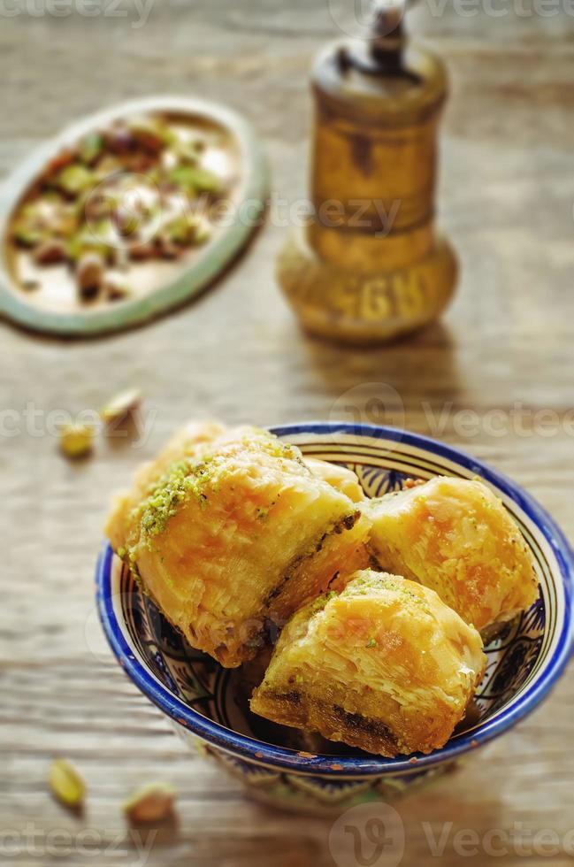 baklava com pistache. delícia tradicional turca foto