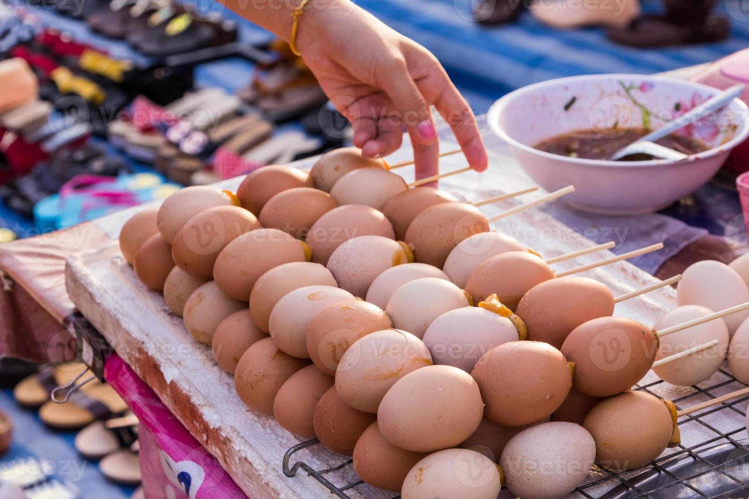 ovos marrons grelhados foto
