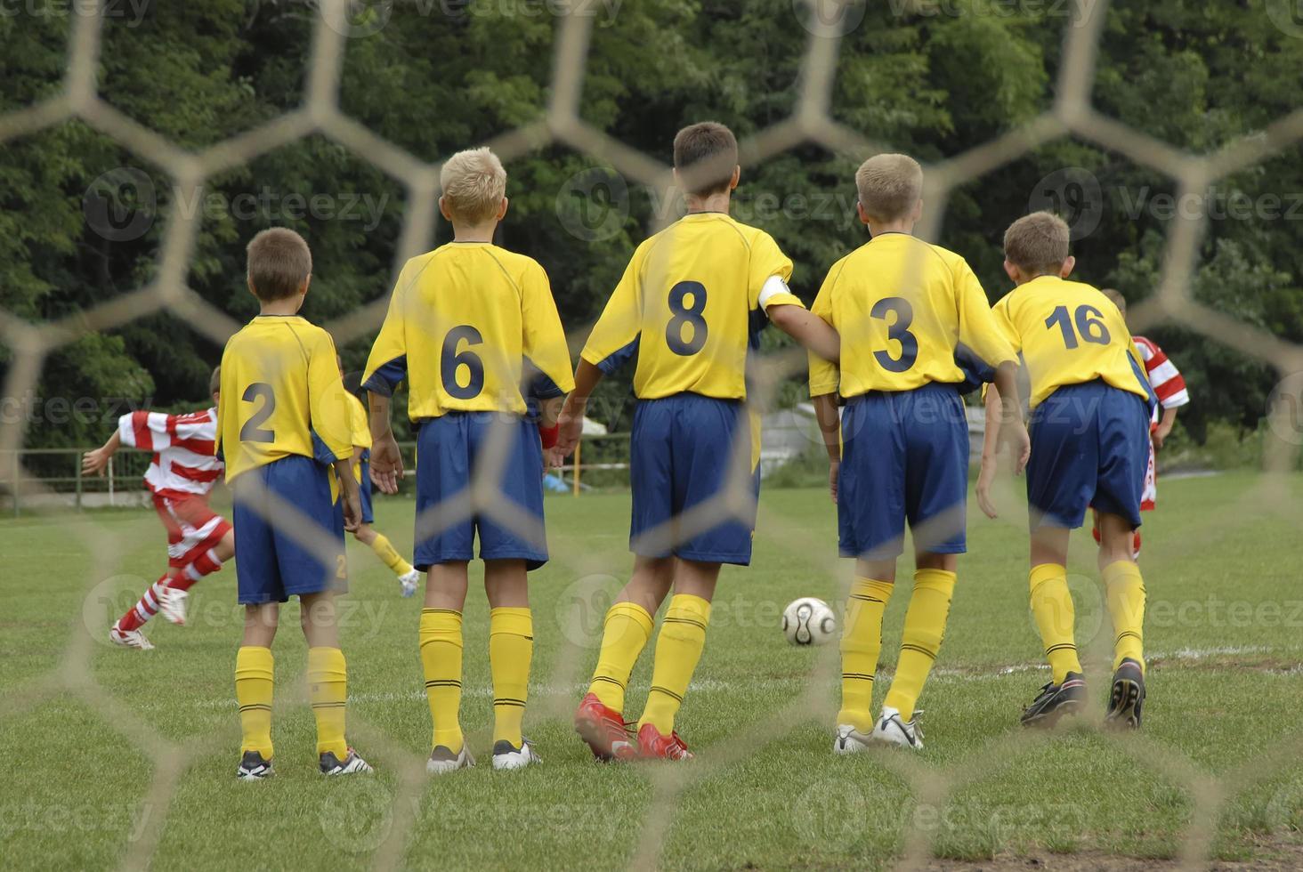 bloqueio no jogo de futebol foto