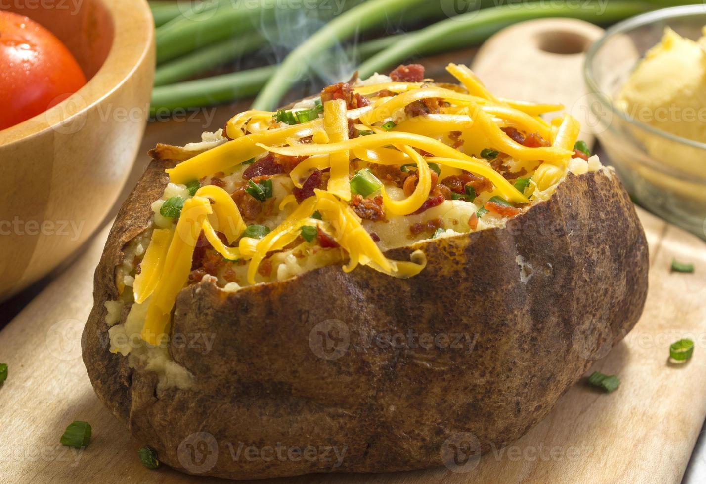 batata cozida quente fresca foto