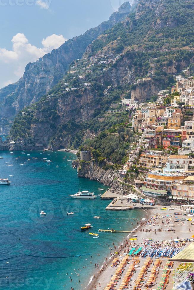 positano e mar Mediterrâneo foto