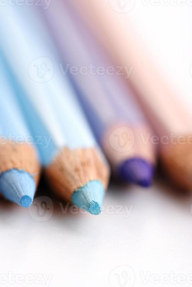 lápis de cor arco-íris - close-up foto