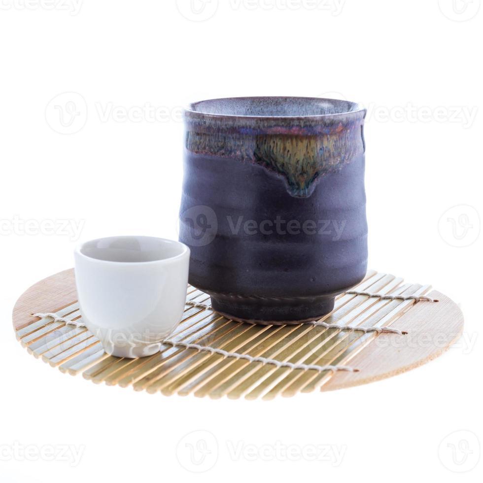 conjunto de beber saquê japonês foto