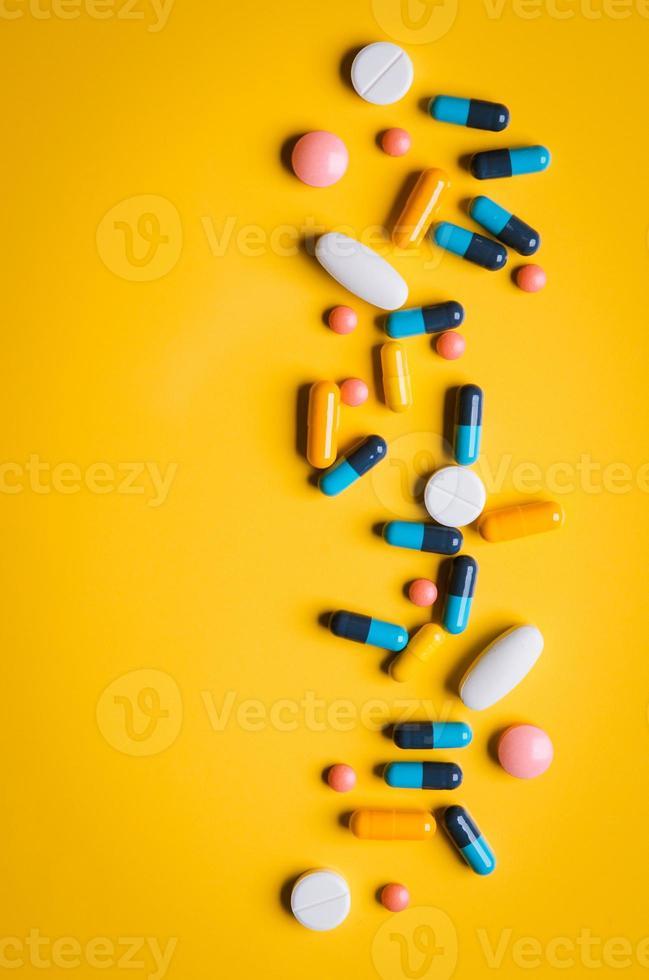 comprimidos coloridos foto