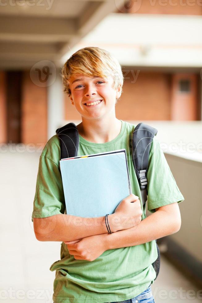 retrato de estudante adolescente masculino foto