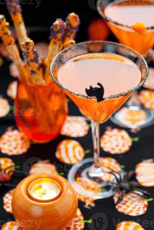 bebidas e lanche do dia das bruxas foto