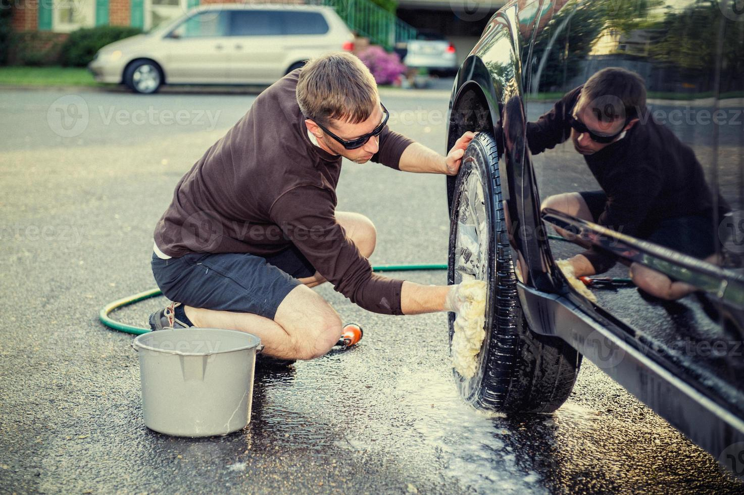 lavando o carro foto
