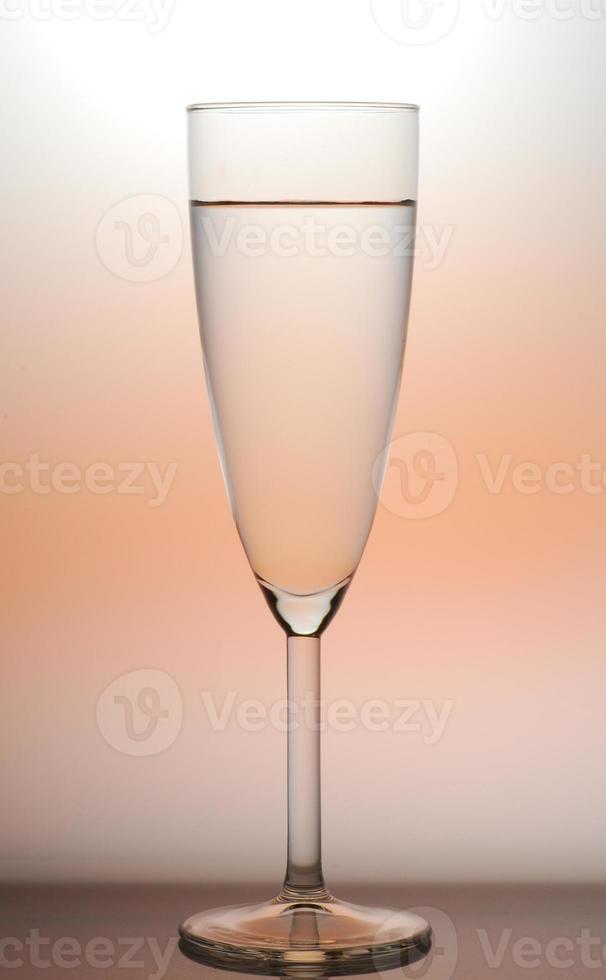 cálice de vinho retroiluminado foto