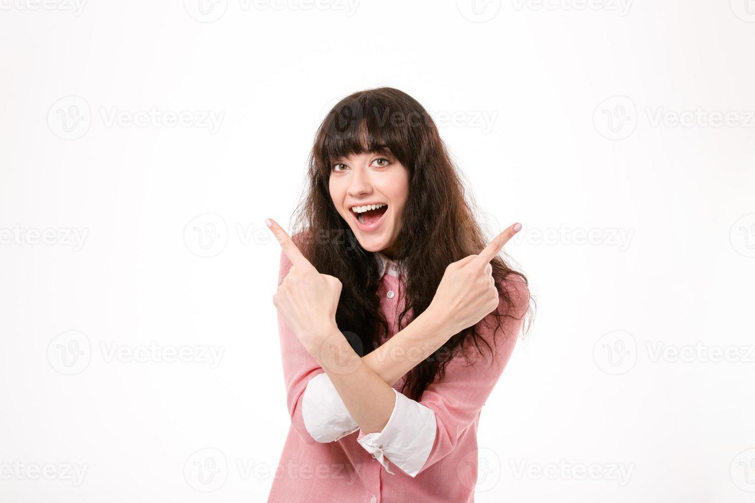 mulher alegre, apontando os dedos foto