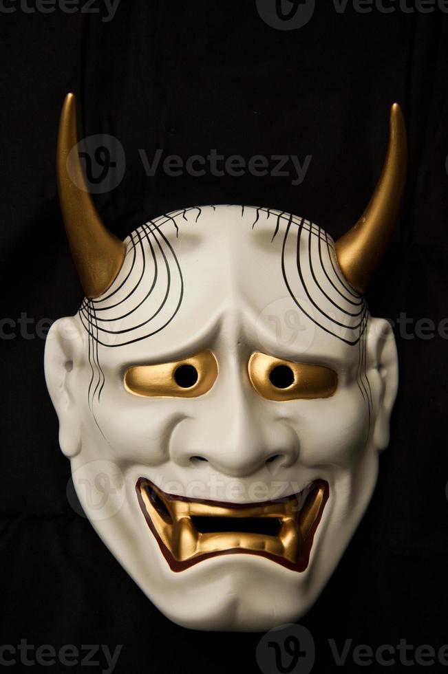 máscara de demônio japonês foto