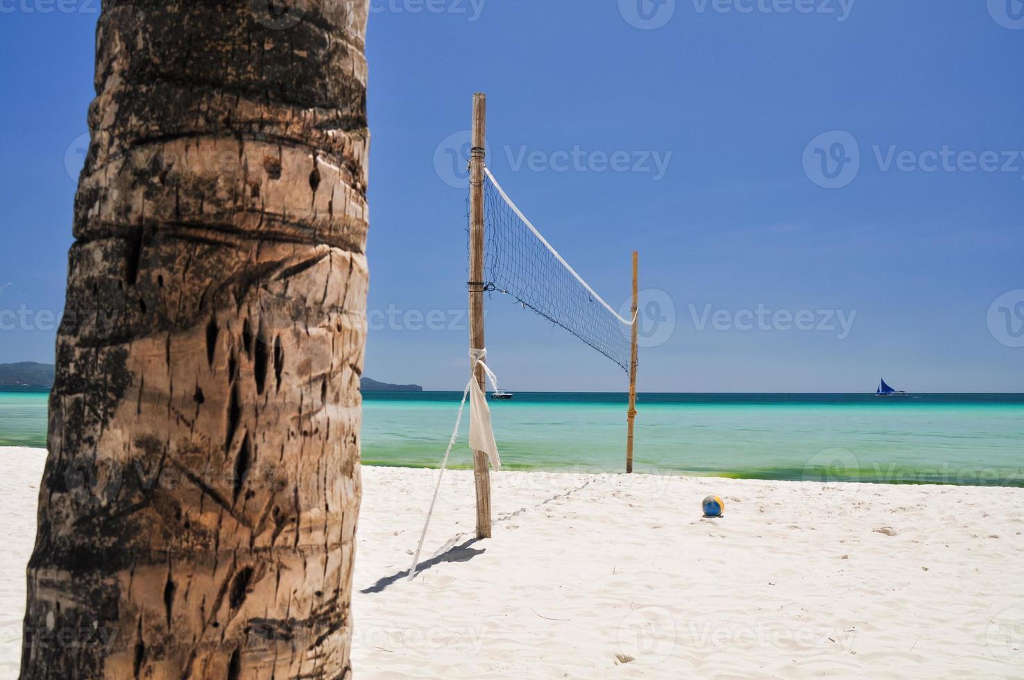 rede de vôlei de praia em boracay - filipinas foto