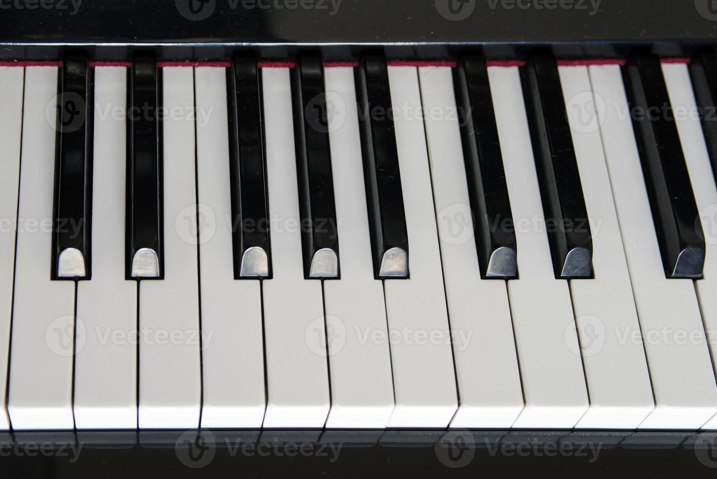 teclas de piano de close-up. foto