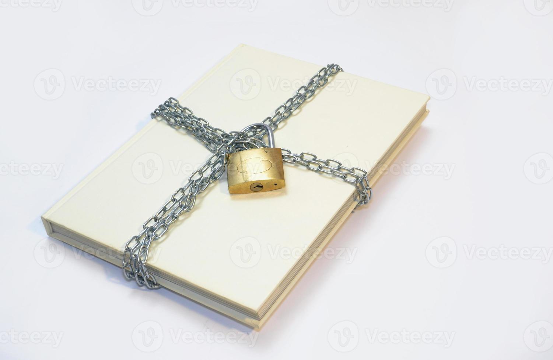 cadeia de livro branco foto