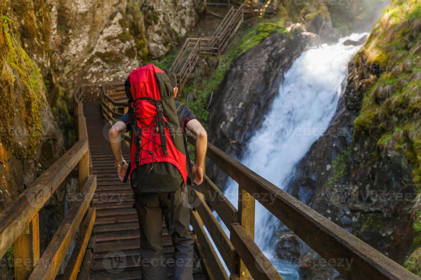 férias ativas nas montanhas Alpes foto