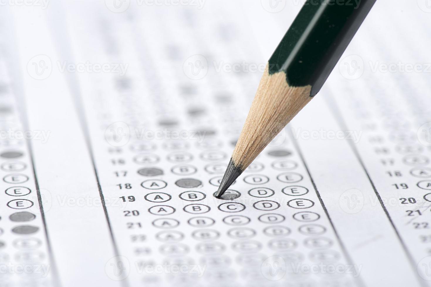 teste de enchimento com lápis verde foto