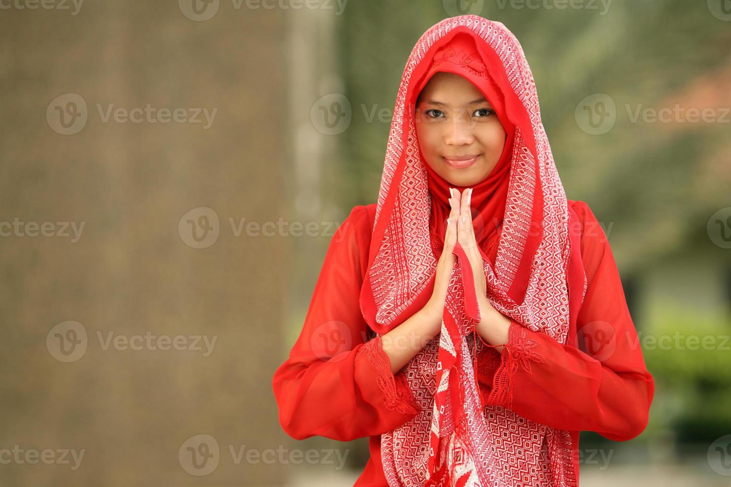 menina muçulmana foto