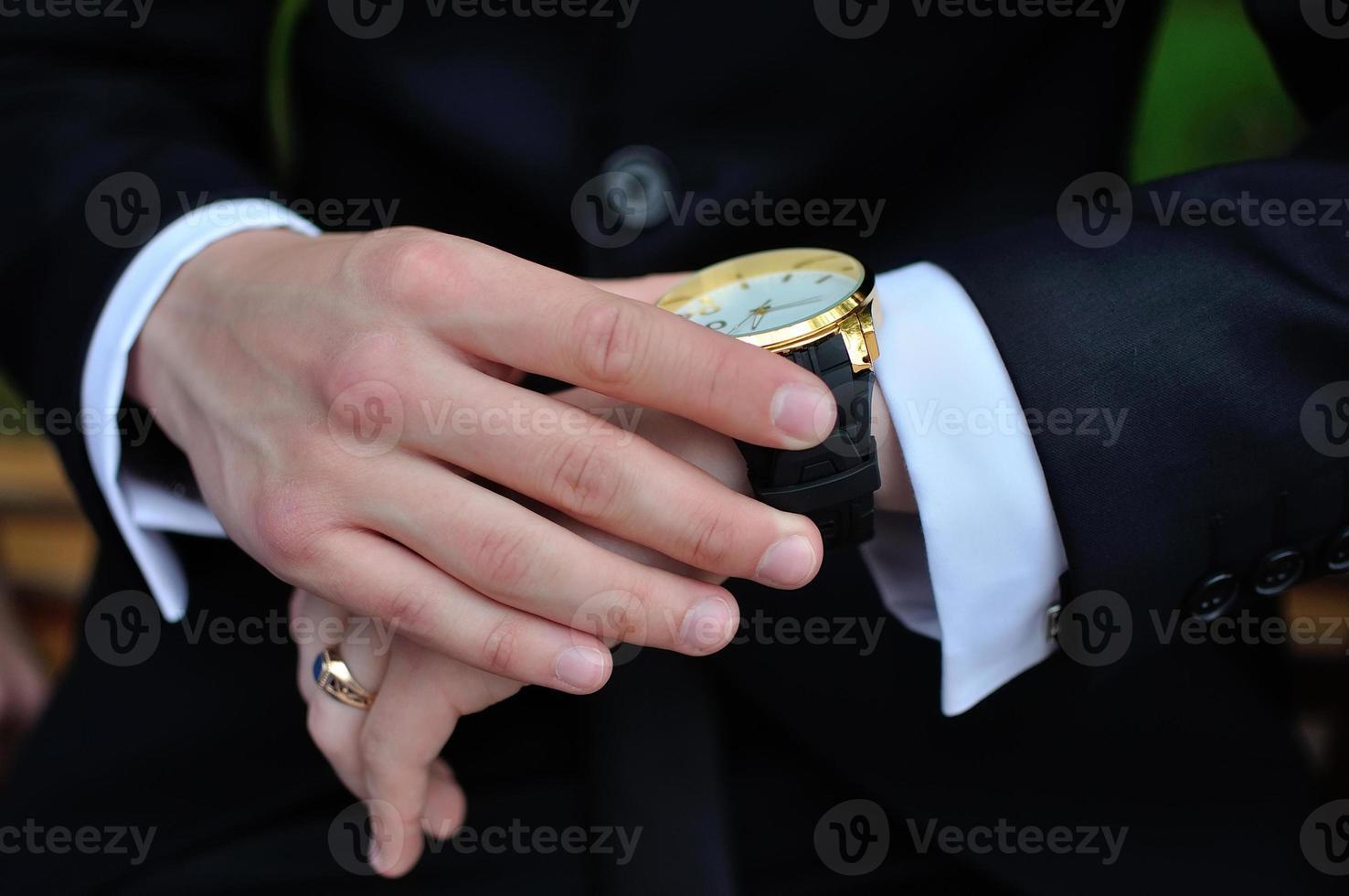 mãos masculinas foto