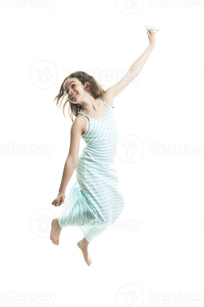 adolescente menina vestindo no verão foto