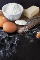 ingredientes do bolo de cozimento foto