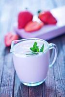 iogurte de morango foto