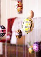 ovo de Páscoa pintado em estilo folk foto