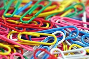 conjunto de clipe de papel colorido foto