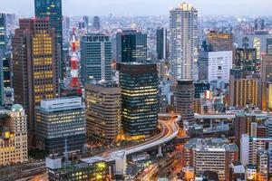horizonte de osaka kansai, japão foto