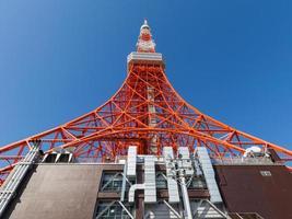 bela torre em Tóquio foto