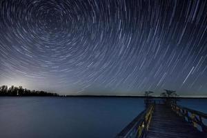 trilhas estrela do hemisfério norte foto
