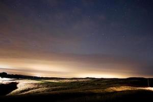 estrelas no céu noturno, perseid chuva de meteoros 2015 burton dassett foto