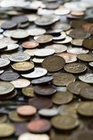 moedas de diferentes países foto