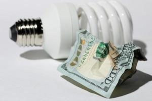 economia de eletricidade cara foto