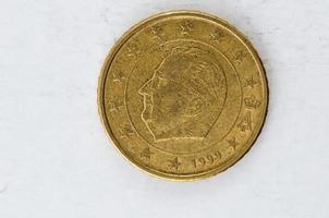 Moeda de 50 cêntimos de euro com parte traseira da bélgica usada foto
