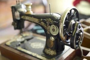 máquina de costura antiga foto
