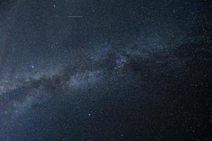 cena noturna da Via Láctea foto