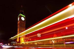 Big Ben à noite foto