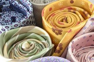 gravatas coloridas foto