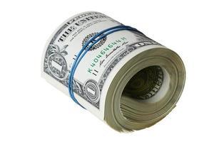 notas de dólar enroladas com traçado de recorte