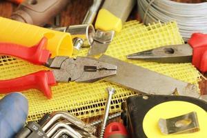 ferramentas de trabalho sortidas foto
