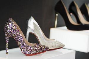 mulheres sapatos de luxo foto